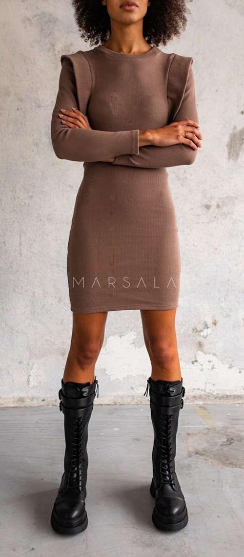 Hnedé dámske šaty lichotiaci postave
