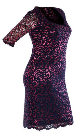 Čipkované puzdrové šaty pre plnšie tvary