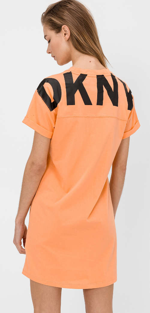 Dámske bavlnené šaty DKNY rovného strihu s výrazným nápisom