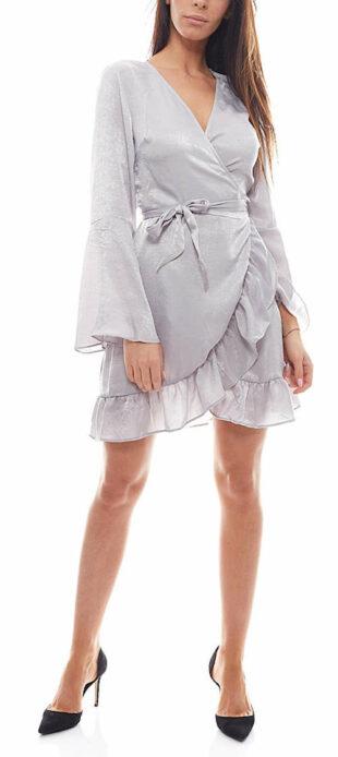 Dámske saténové šaty v zavinovacom štýle s véčkovým výstrihom