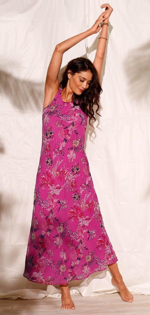 Dlhé ružové maxi šaty s potlačou kvetín