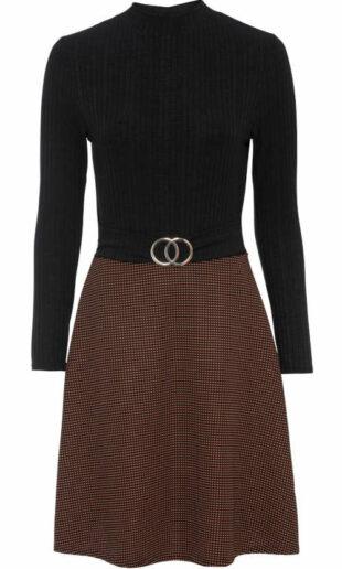 Elegantné šaty s rolákovým vrškom a károvanou sukňou