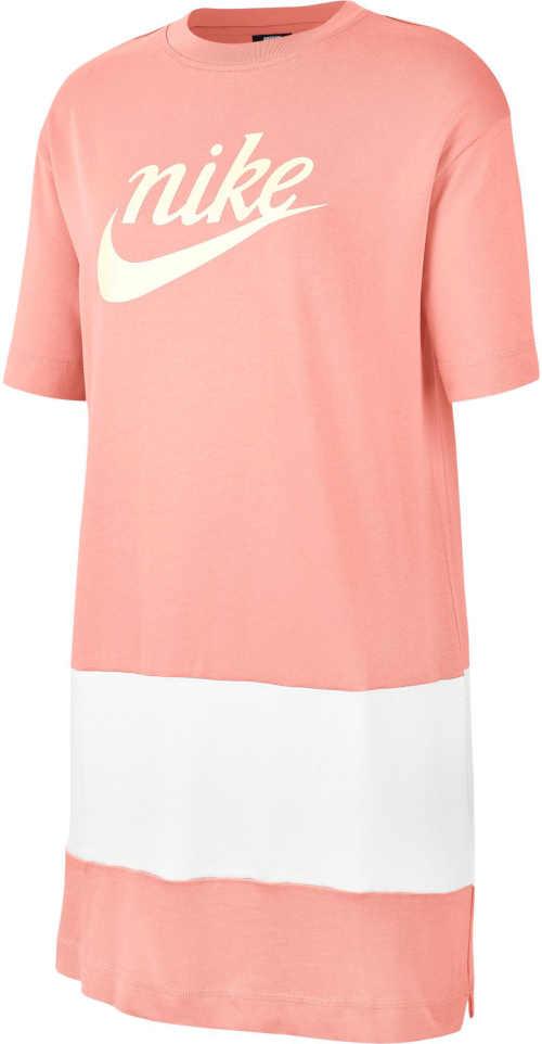 Štýlové šaty Nike športového strihu s decentnými postrannými rozparkami