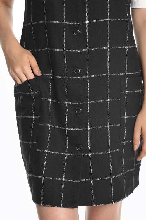 Kárované dámske šaty s gombíkmi a vreckami