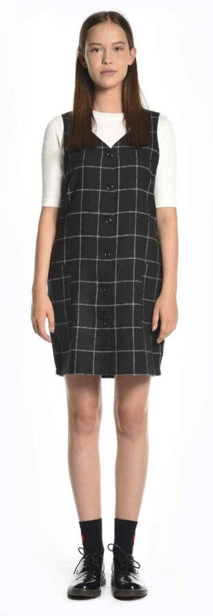 Lacné kárované šaty so zapínaním na gombíky