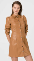 Dámske mini šaty v imitácii kože vpredu na gombíkovú légu