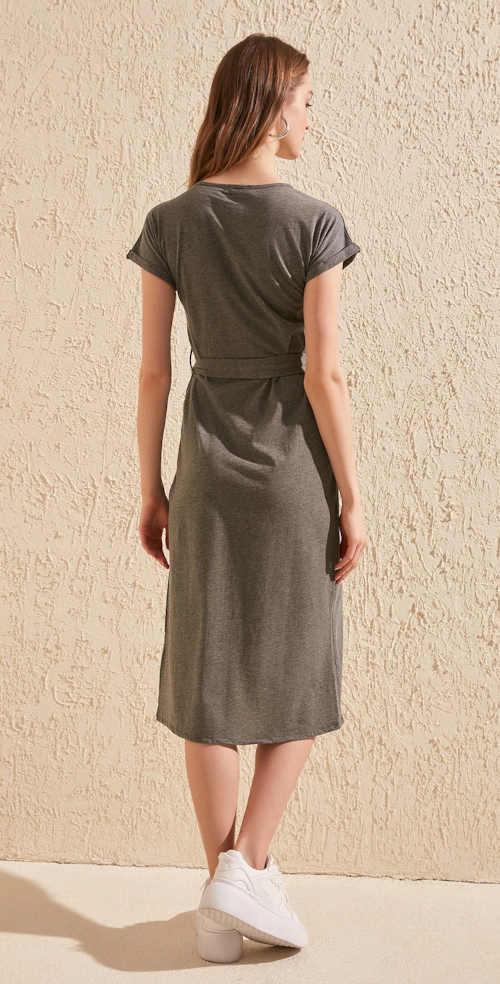 Moderné šaty s krátkymi rukávmi