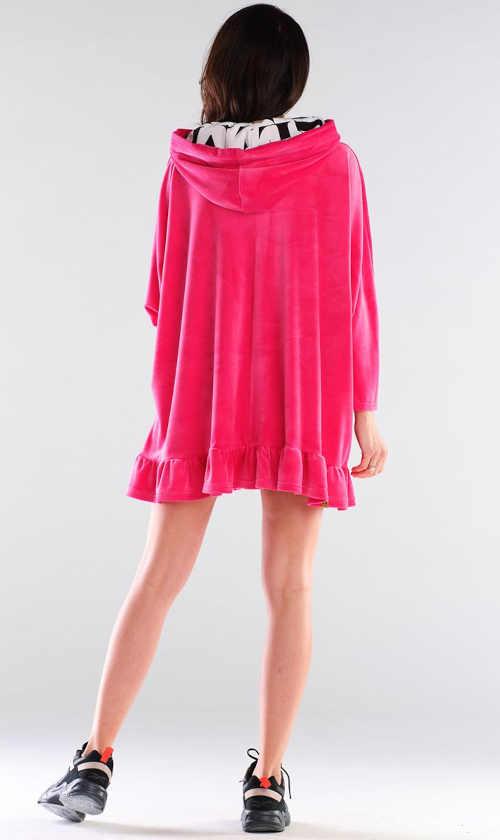 Ružové šaty s dlhými rukávmi