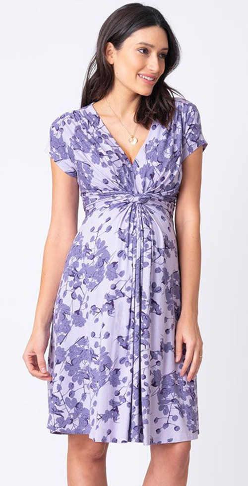 Tehotenské šaty v modernom strihu a s kvetinovou potlačou
