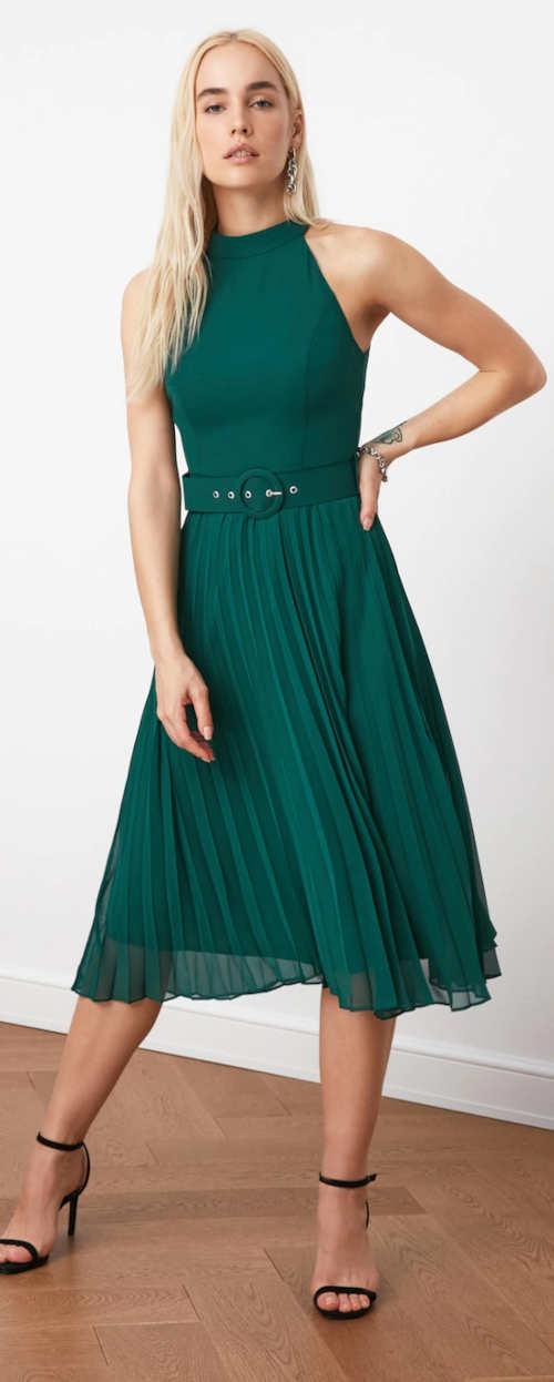 Elegantné zelené dámske šaty bez rukávov s plisovanou sukňou
