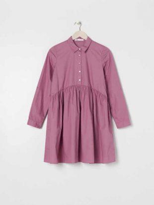 Bavlnené šaty s golierom a pásom v pohodlnom strihu