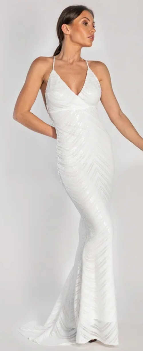 Biele spoločenské šaty s vlečkou