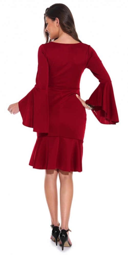 Červené dámske šaty na tanec