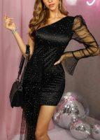 Čierne krátke plesové šaty na jedno rameno