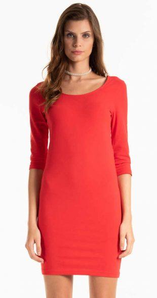Jednofarebné šaty s 3/4 rukávmi a dĺžkou nad kolená