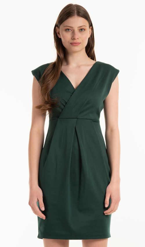 Šaty bez rukávov v modernej zelenej farbe s efektným strihom
